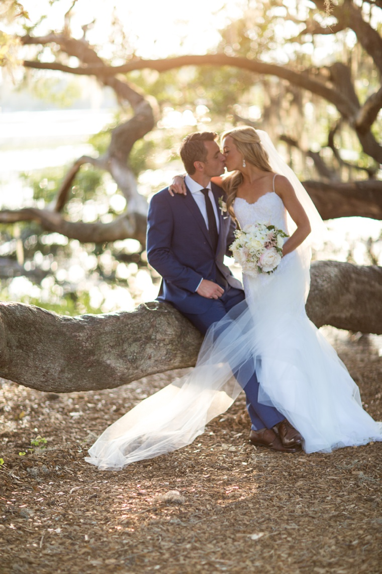 A Romantic Charleston Wedding via TheELD.com