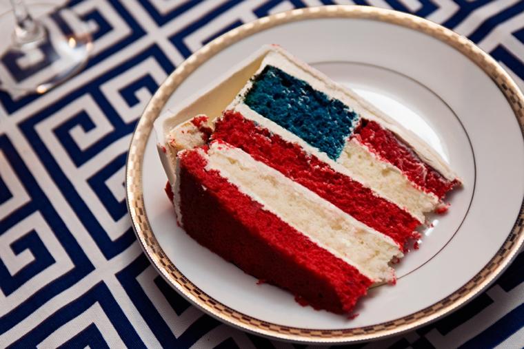 A Red, White, & Blue Rehearsal Dinner via TheELD.com