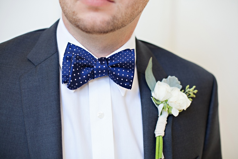 A Classic, Navy and Blush Oklahoma Wedding via TheELD.com