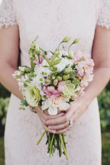 A Natural and Enchanting Vermont Wedding via TheELD.com