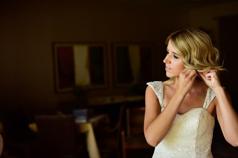 A Romantic & Elegant Las Vegas Wedding via TheELD.com