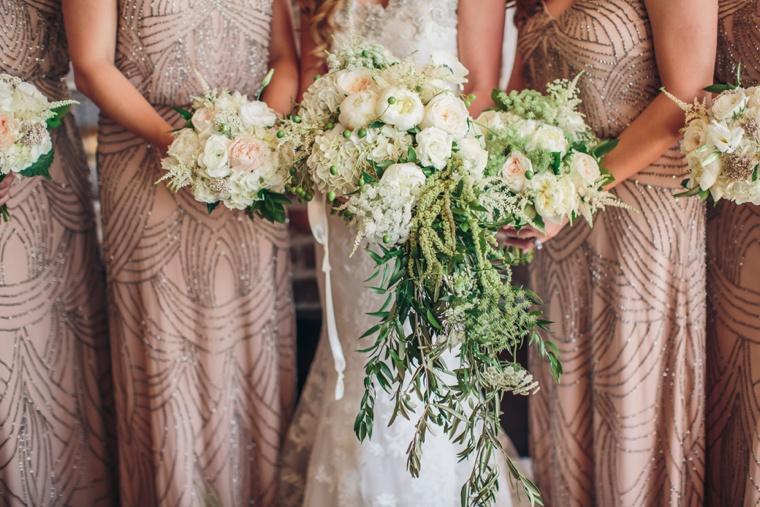 Elegant Green & White Charleston Wedding via TheELD.com