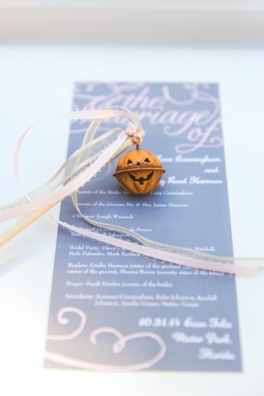 An Elegant Pink Halloween Wedding via TheELD.com