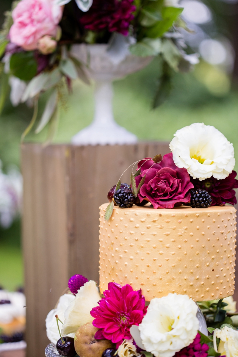 Nature Inspired Fall Wedding Ideas via TheELD.com