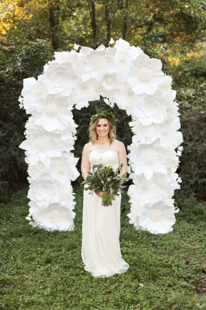 Green & White Fall Wedding Ideas | Every Last Detail