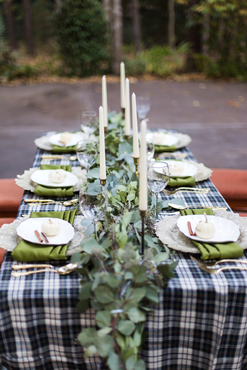 Green & White Fall Wedding Ideas via TheELD.com