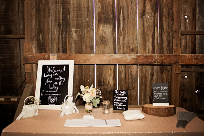A Blush & Champagne California Barn Wedding via TheELD.com