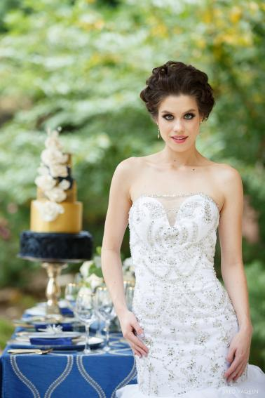 Blue & Gold Celestial Inspired Wedding Ideas via TheELD.com