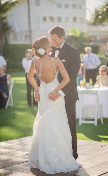 Organic, Blueberry Inspired Florida Wedding via TheELD.com
