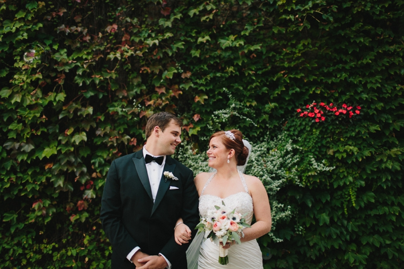 Classic Peach and Navy Chicago Wedding via TheELD.com