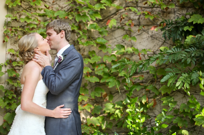 Earthy & Romantic San Diego Wedding via TheELD.com