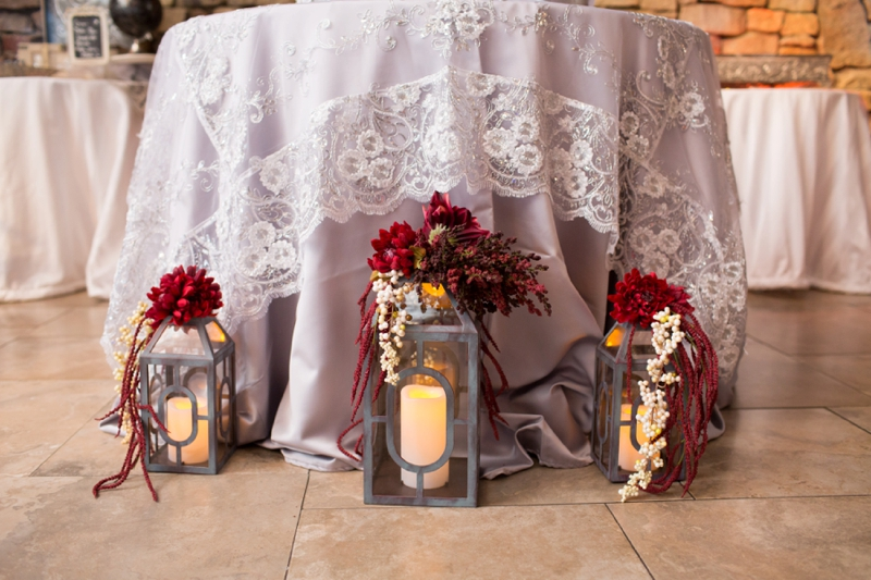 A Vintage Glam Champagne & Red Wedding via TheELD.com