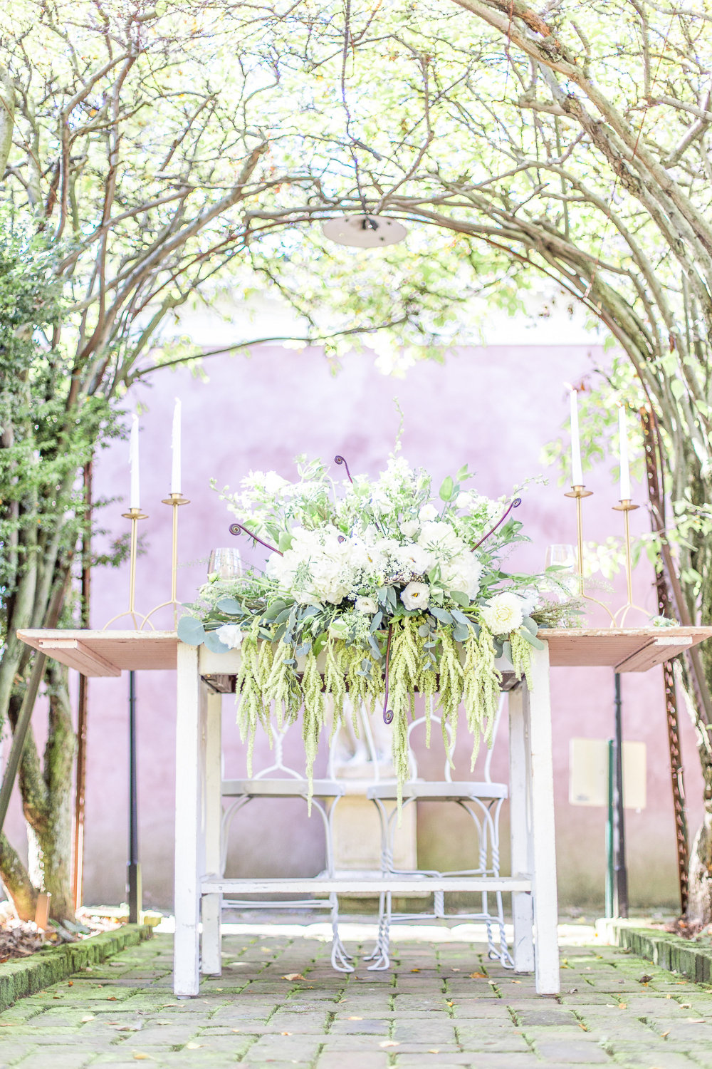 Green & White Organic Wedding Ideas via TheELD.com