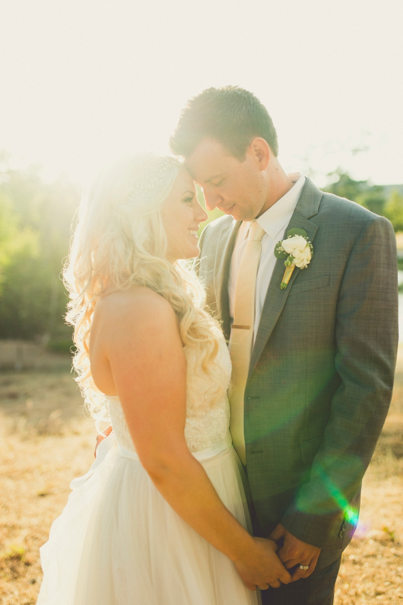 Eclectic Blush & Mint California Wedding via TheELD.com