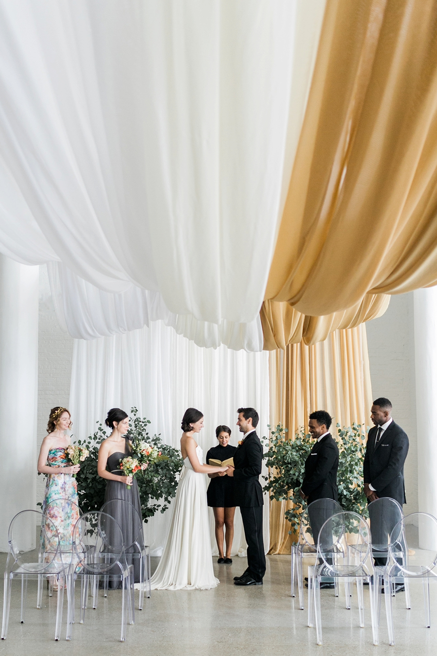 Modern Amp Romantic Wedding Ideas Inspired By Aisle Society