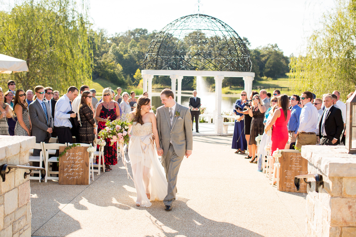 A Romantic Green & White Charlottesville Wedding via TheELD.com