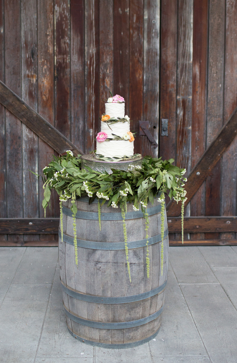 Romantic & Organic Wedding Ideas via TheELD.com