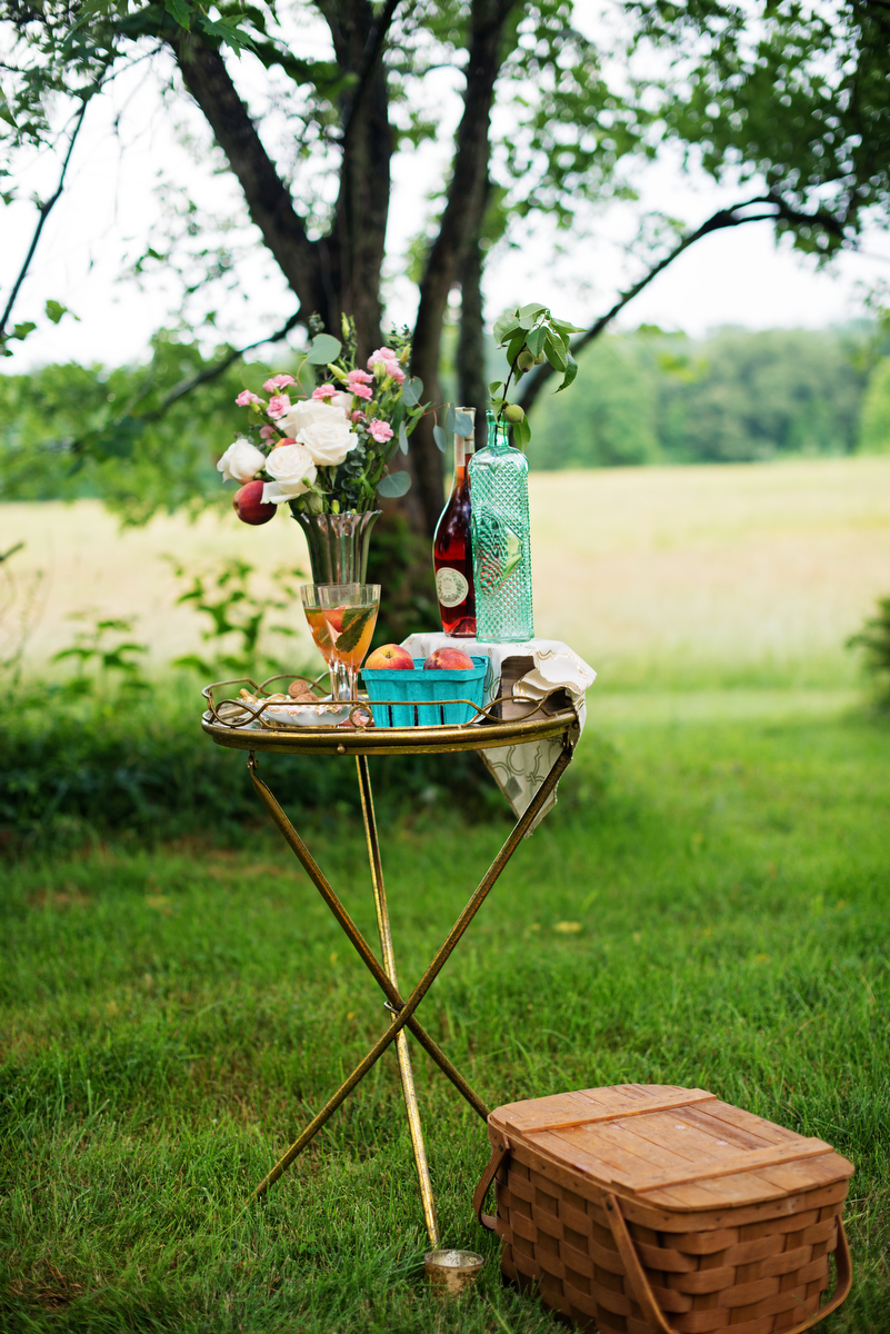 Vintage Peach Southern Wedding Ideas via TheELD.com
