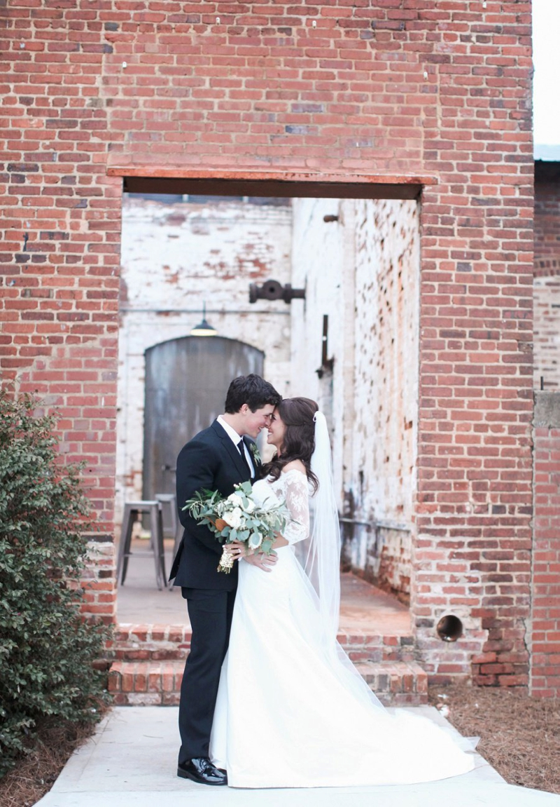 Elegant Green and Gold Georgia Wedding via TheELD.com