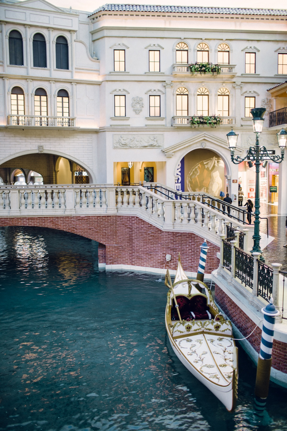 3 reasons to get married at the venetian in vegas every last detail 3 reasons to get married at the venetian in vegas junglespirit Choice Image