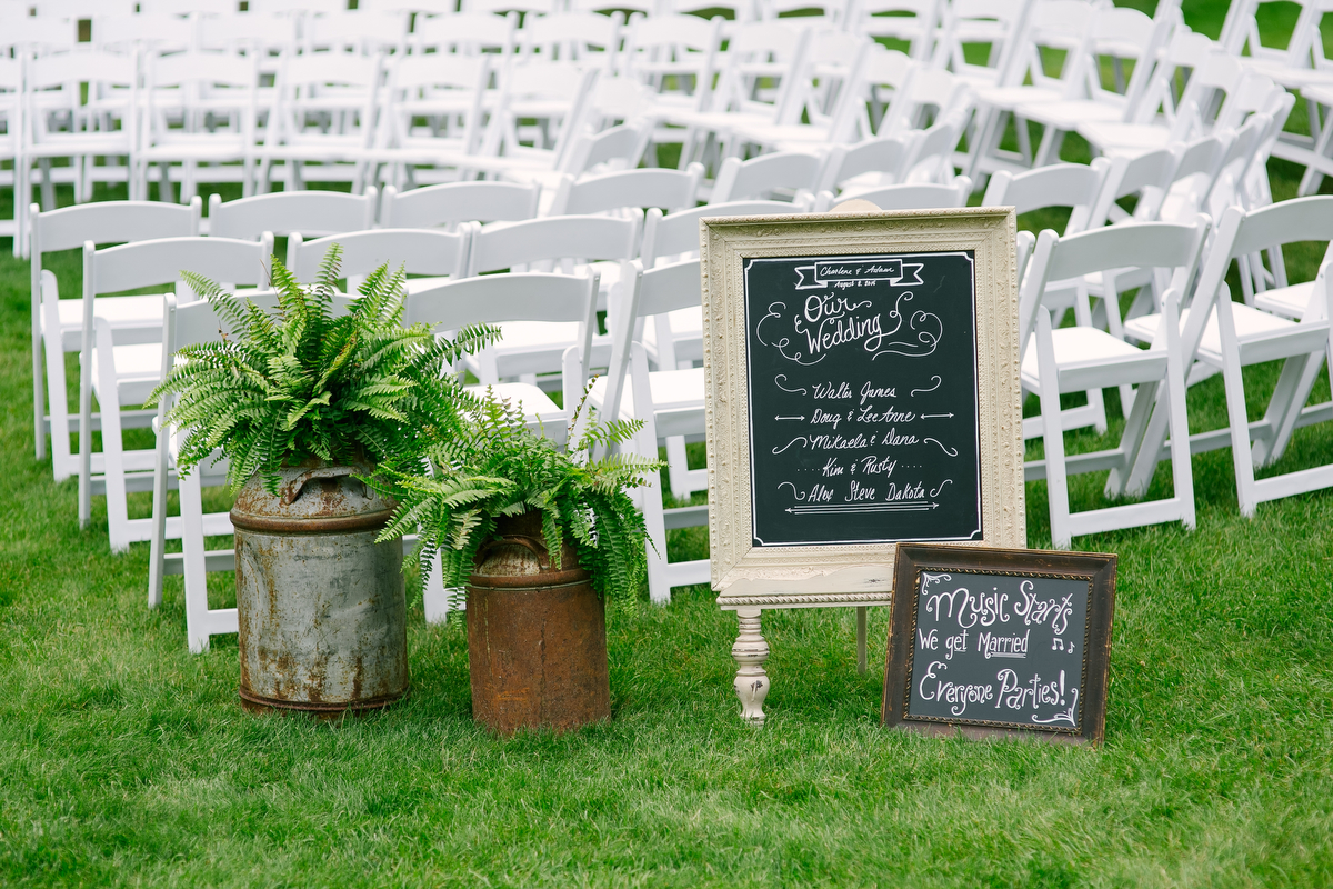 Navy & Green Rustic Minnesota Wedding via TheELD.com