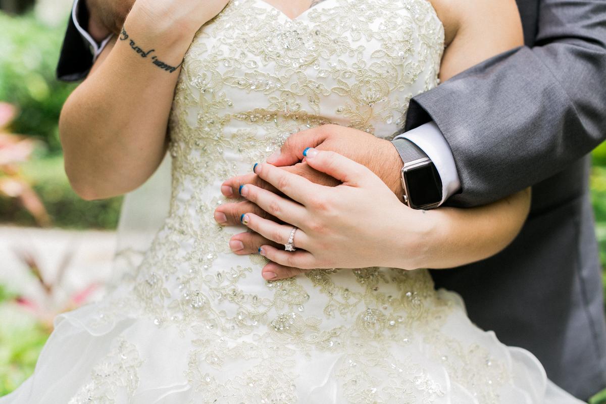 A Romantic Red White and Blue Wedding via TheELD.com