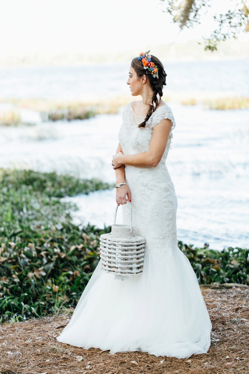 Breezy Ocean Inspired Wedding Ideas via TheELD.com
