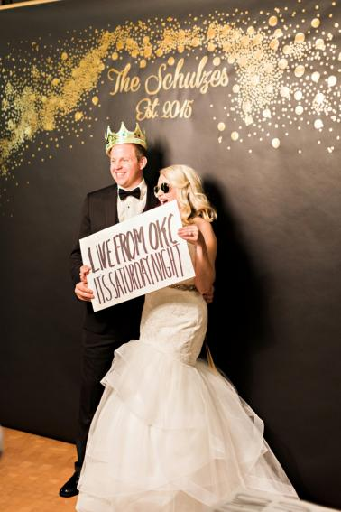 Chic Kate Spade Inspired Oklahoma Wedding via TheELD.com