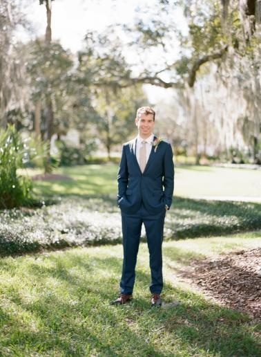 A Navy & Gold Gainesville Wedding via TheELD.com
