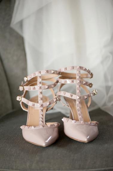 Glamorous Black & White Backyard Wedding via TheELD.com