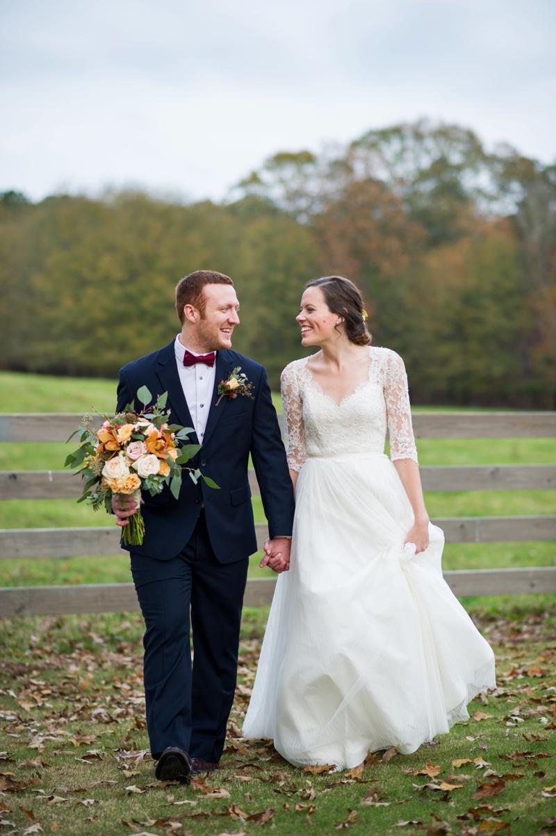 Rustic Elegant Georgia Barn Wedding via TheELD.com