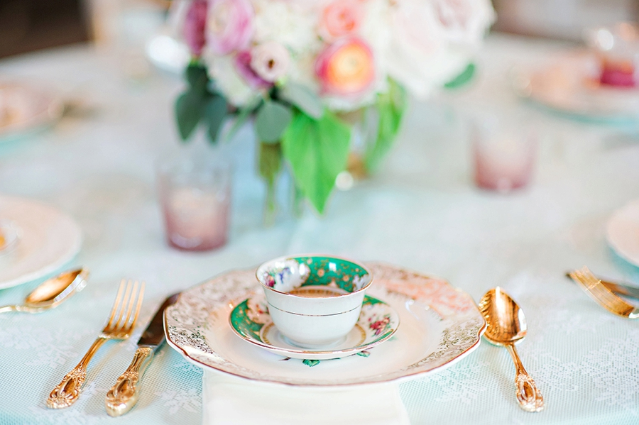 Alice In Wonderland Inspired Vow Renewal Brunch via TheELD.com