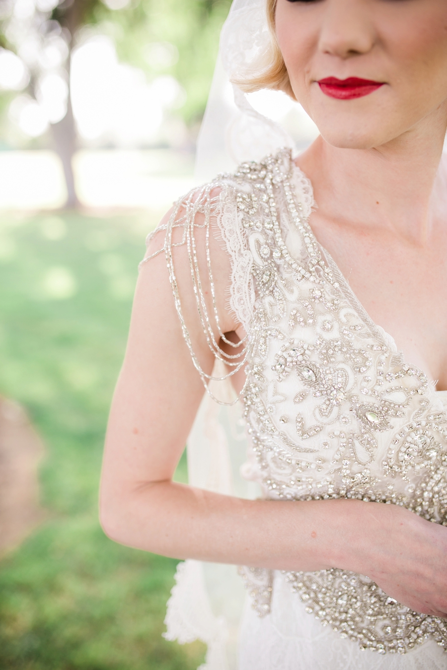Elegant 1920s Inspired Wedding Ideas via TheELD.com