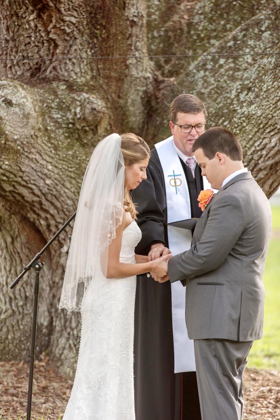 Rustic Fall Inspired Florida Wedding via TheELD.com