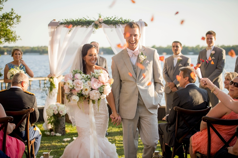 Elegant & Earthy Waterside Wedding in Navarre via TheELD.com