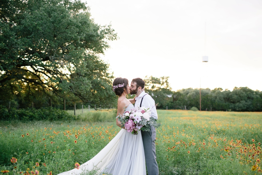 Romantic Lavender and Gray Wedding Ideas via TheELD.com