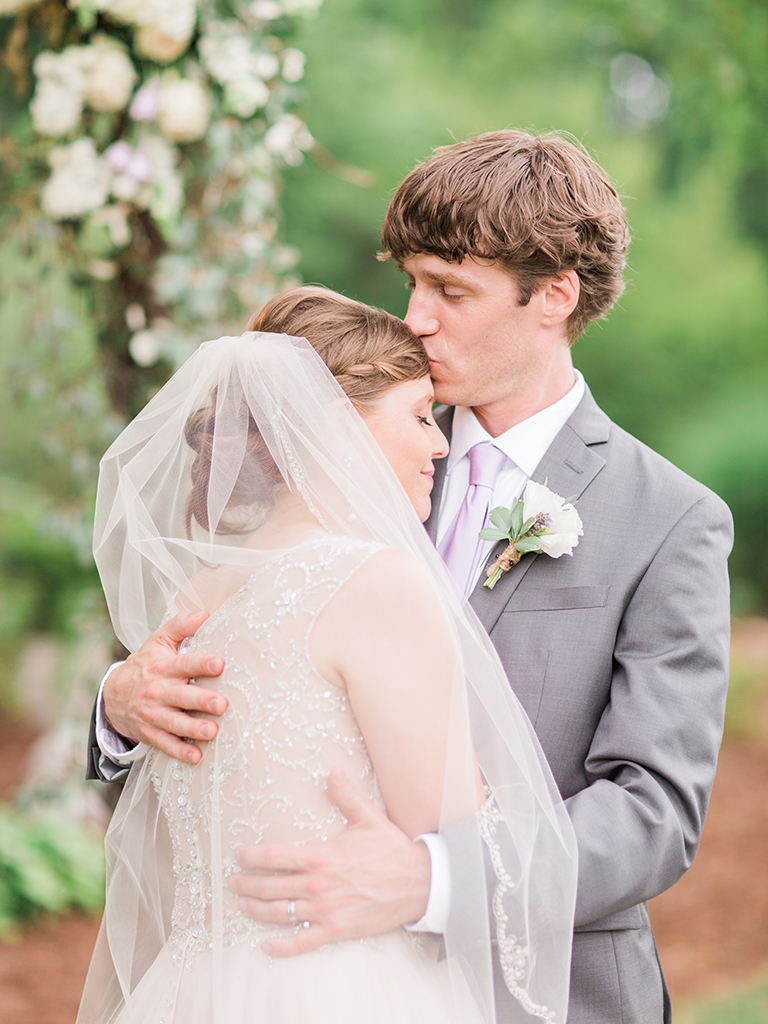 Romantic Pink and Lavender Alabama Wedding via TheELD.com