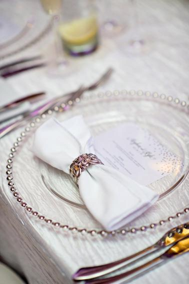 A Silver & White New Years Eve Wedding via TheELD.com