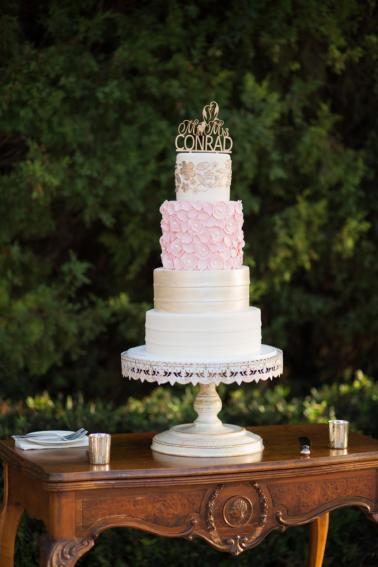 The Best Wedding Cakes of 2016 via TheELD.com
