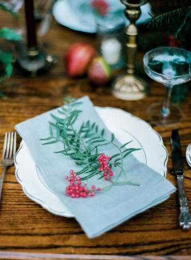 Romantic Red and Green Wedding Inspiration via TheELD.com
