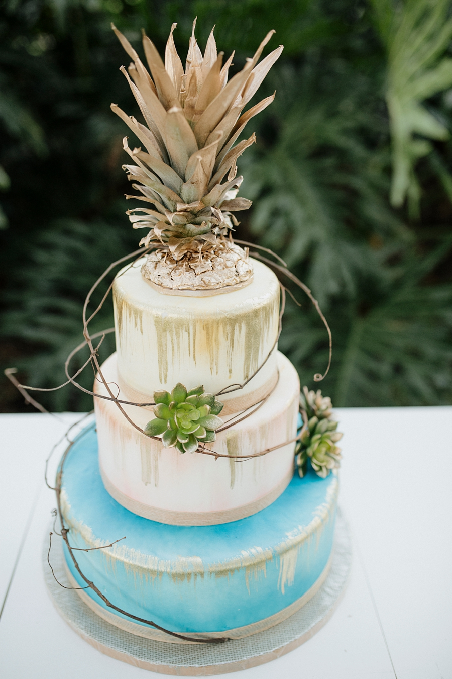 pineapple wedding cake vibrant bohemian wedding inspiration every last detail 18525