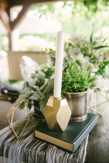 Modern Organic Wedding Inspiration via TheELD.com