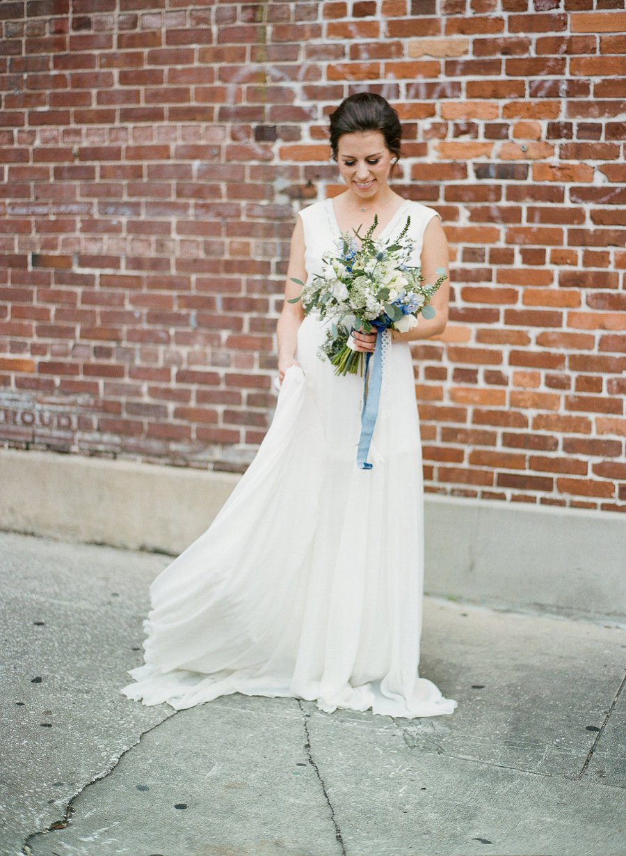 Navy & Teal Geode & Geometric Wedding Ideas via TheELD.com
