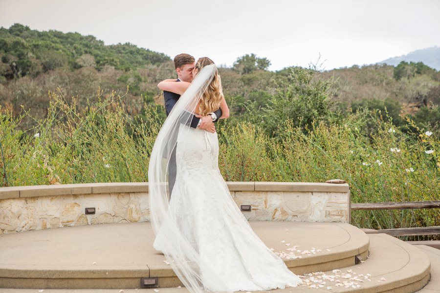 Romantic Blush & Green Big Sur Wedding via TheELD.com