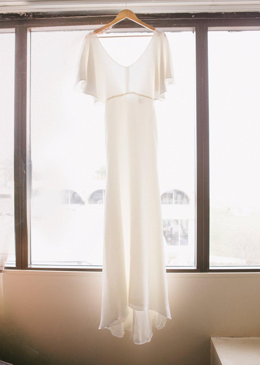 Boho Gray, Blue, & Red Illinois Wedding via TheELD.com