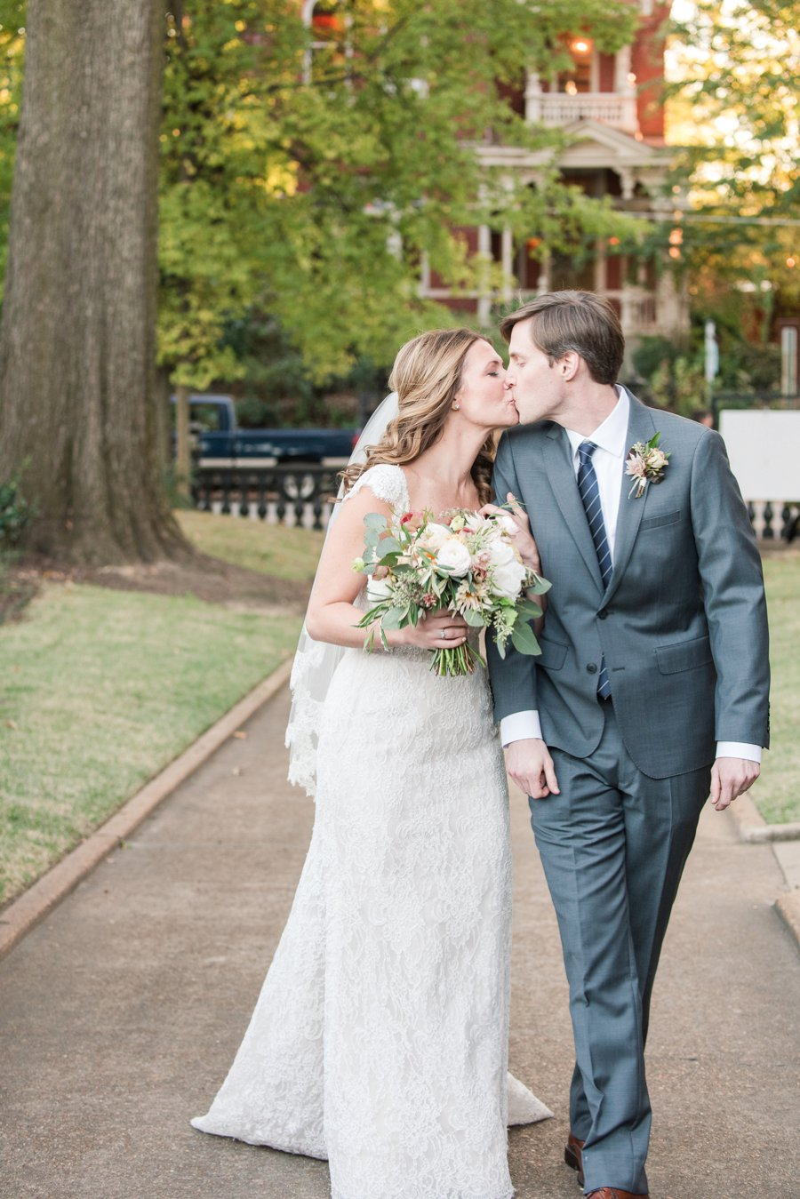 Blush & Grey Tennessee Wedding via TheELD.com