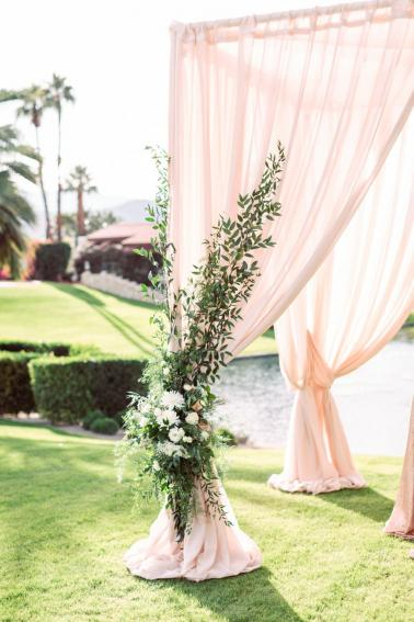 An Elegant Southern California Wedding via TheELD.com