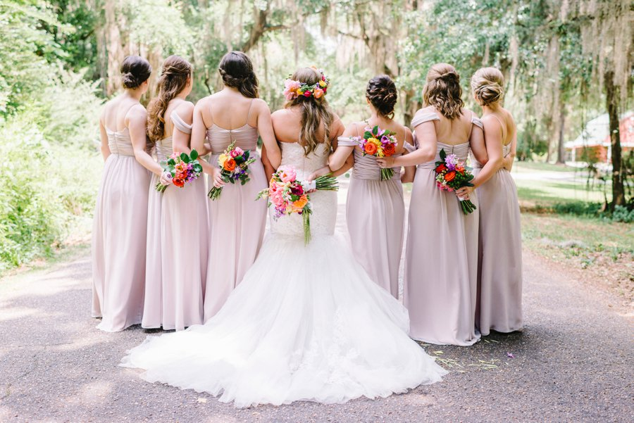 A Colorful Plantation Style Alabama Wedding via TheELD.com