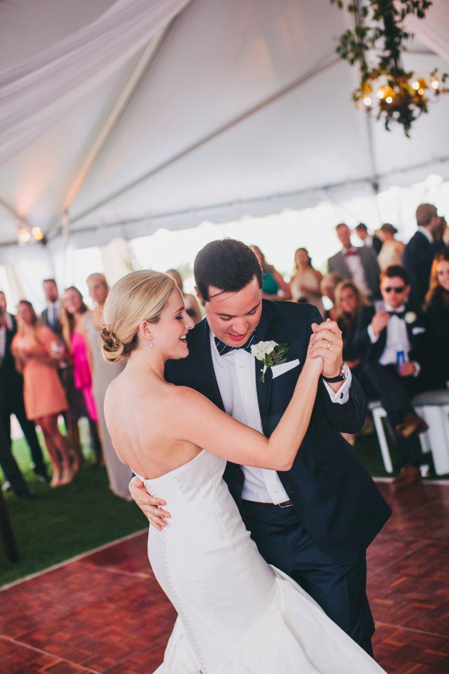 A Classic Green & White Florida Beach Wedding via TheELD.com