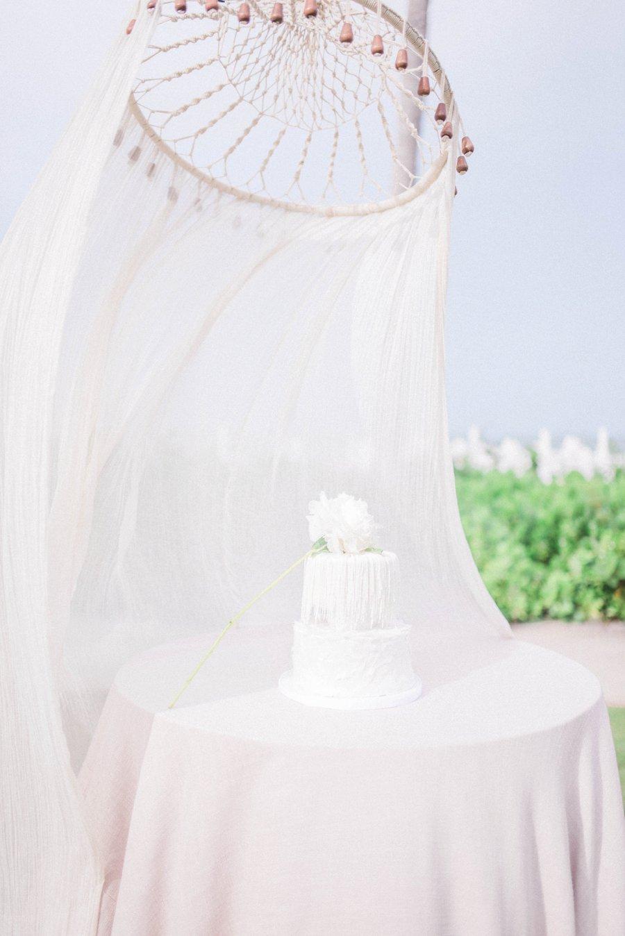 Blush & Peach Florida Destination Wedding Ideas via TheELD.com
